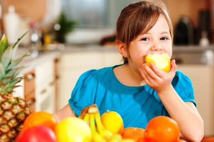 8 Kebiasaan yang Sering Anda Lakukan Setelah Selesai Makan Ternyata Dapat Membahayakan Kesehatan Anda. Ayo Cek!!!