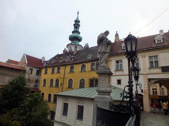 El parecido en algunos puntos entre Bratislava y Praga