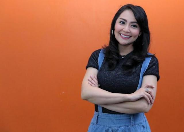 Tessa Kaunang Cari Solusi soal Gugatan Hak Asuh Anak ke KPAI