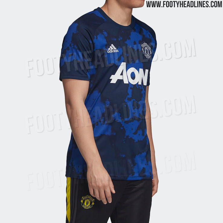 d54724190 This is the Adidas x Parley Manchester United 2019-20 pre-match jersey.