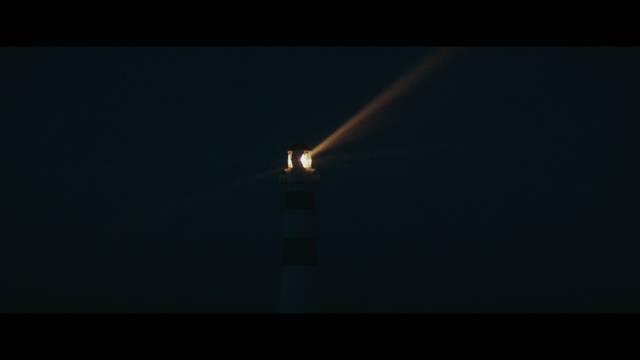 La Luz Entre Los Oceanos (2016) HD 1080p Latino