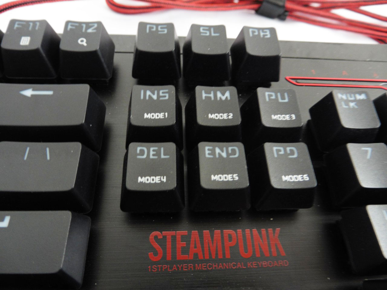 Unboxing & Review: 1STPLAYER Steampunk Mechanical Keyboard 8