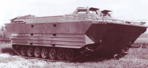 Чехословацкий опытный плавающий транспортёр VOZ