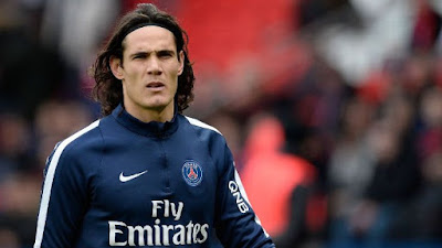 Everton bid for unhappy Cavani