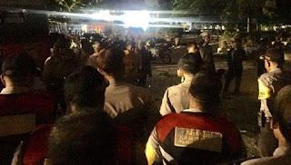 Bentrok Mahasiswa Universitas Riau Mencekam