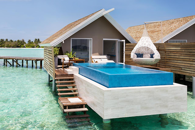 Lux South Ari Atoll, Temptation Pool Water Villa, (c) LUX* Resorts & Hotels