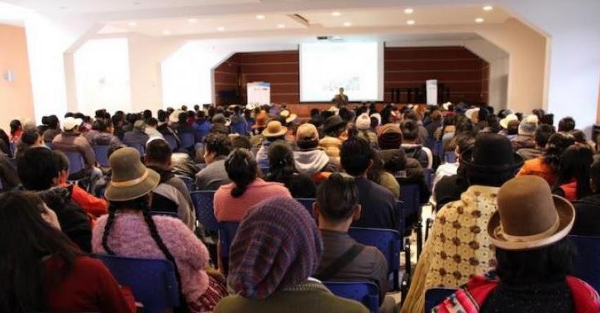 PRONABEC realiza reunión de tutoría con estudiantes puneños - www.pronabec.gob.pe