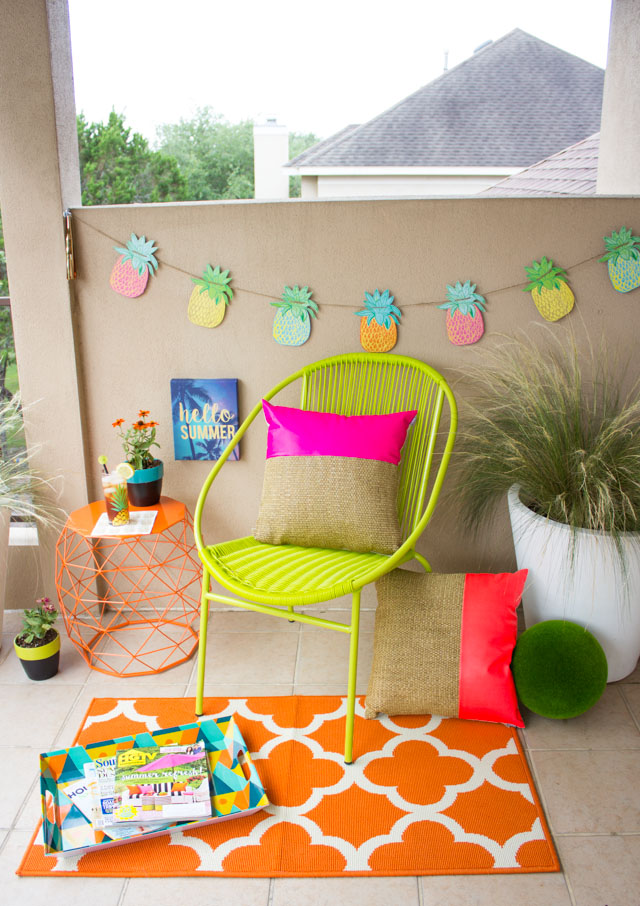 How to transform your patio into an outdoor reading nook