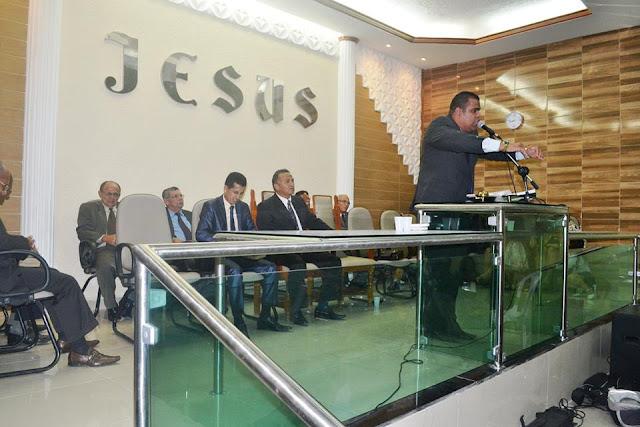 Altar da Assembleia de Deus de Matriz do Camaragibe