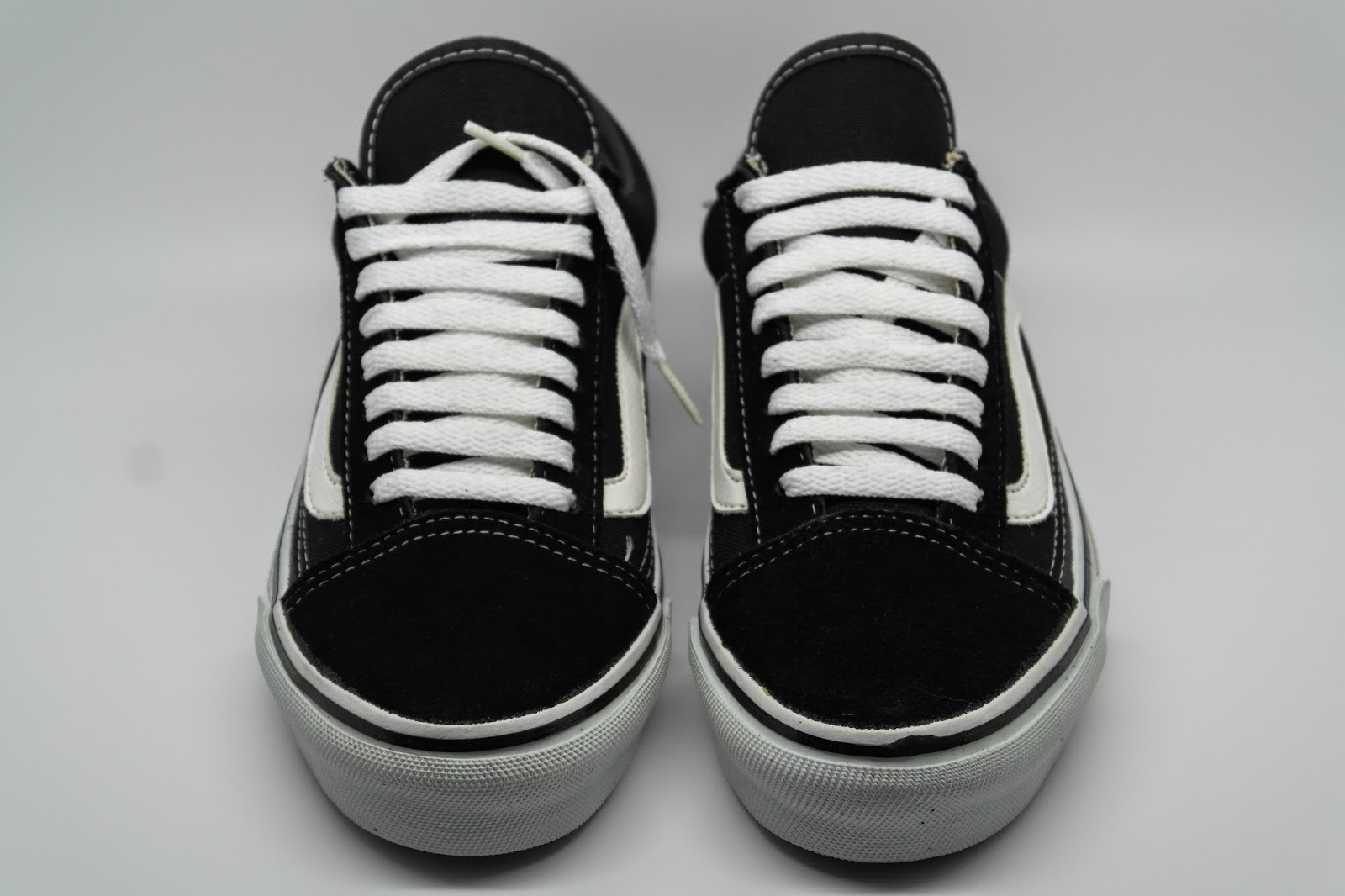 98d2892b3e5d theothersideofthepillow  vintage VANS black OLD SKOOL style  36 MADE ...