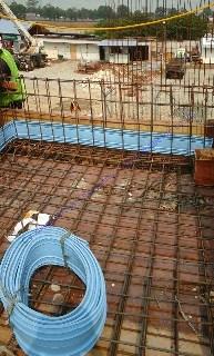 Sifat fisik bahan, elastisitas melekat sangat baik dan ketahanan terhadap bahan kimia dan tekanan air
