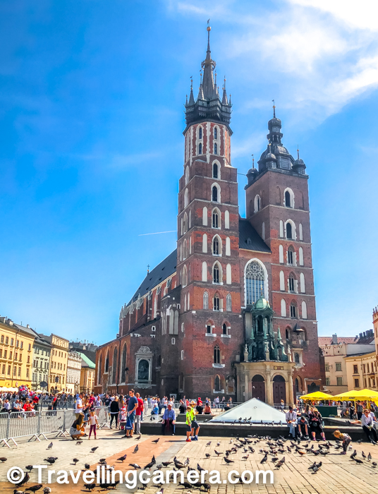 We loved roaming around St Mary's Basilica and the Market Square and interestingly we ended up coming here towards the end of our day. We came here in the evening, spent fe minutes and then headed towards the Railway station to go back to Warsaw.
