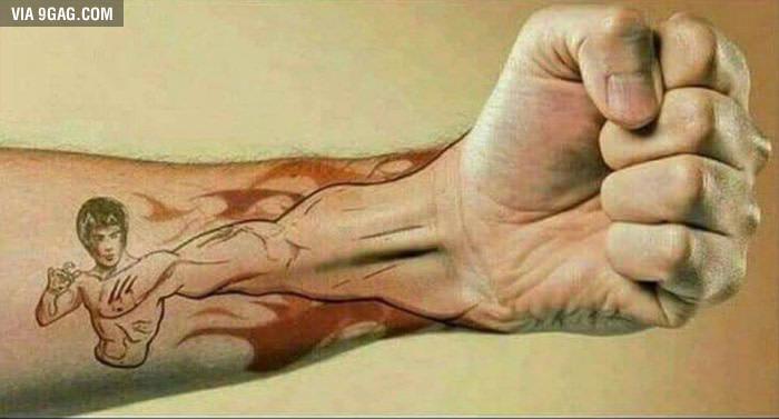 El Mejor Tatuaje Del Mundo Stratocarlos