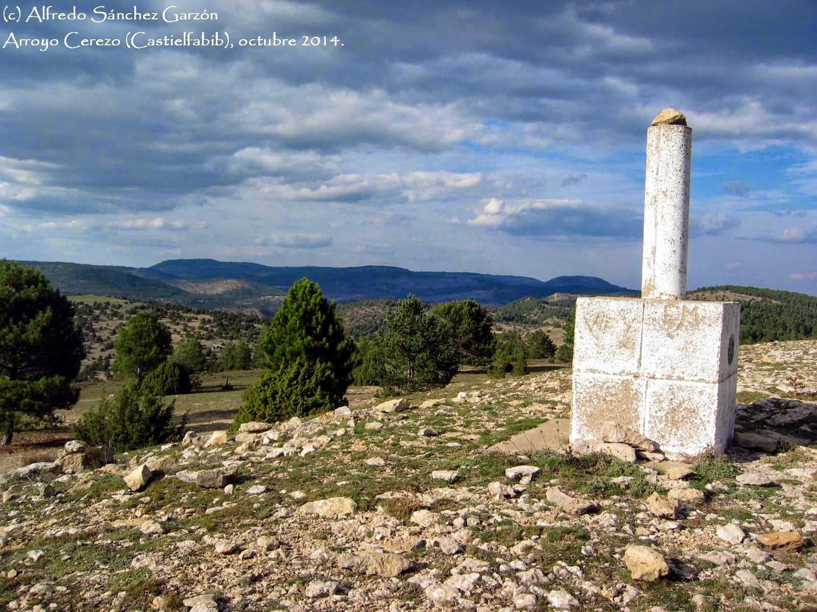 cruz-tres-reinos-arroyo-cerezo-castielfabib