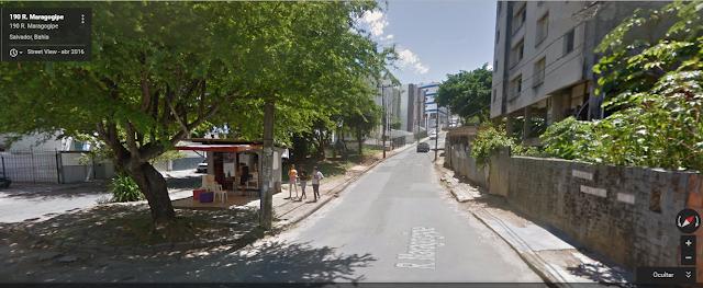 """Morador sugere melhorias na """"praça"""" que é o encontro da rua Federico Edelweis com a Rua Maragogipe"""
