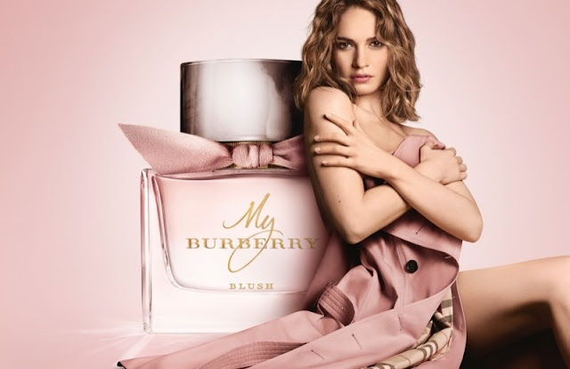 Lily James dla My Burberry Blush