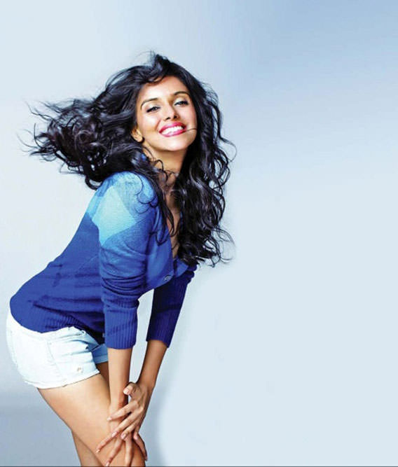 America NRI Actress Sizzling Saree Pics   Spicy hot HD
