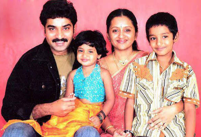 Anchor Suma age height biography family photos