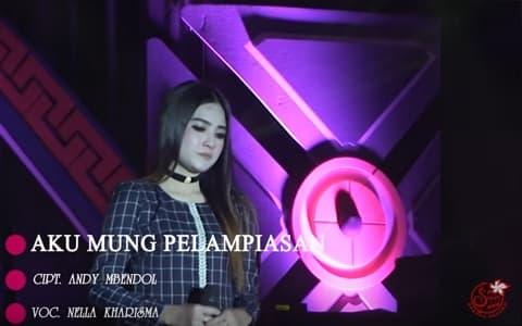 Download lagu Nella Kharisma Aku Mung Pelampiasan