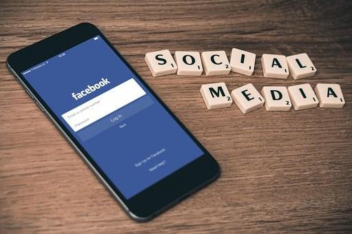 Ada apakah dengan Facebook??