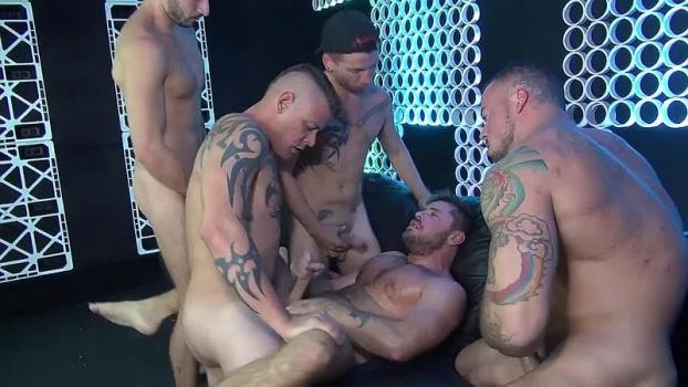 Justin Case, Jack Andy, Sean Duran, Jace Chambers, Scott DeMarco Pimped Out Cum Whore (Bareback)