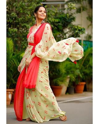 Anchor Anasuya Bharadwaj Beautiful Saree Pics