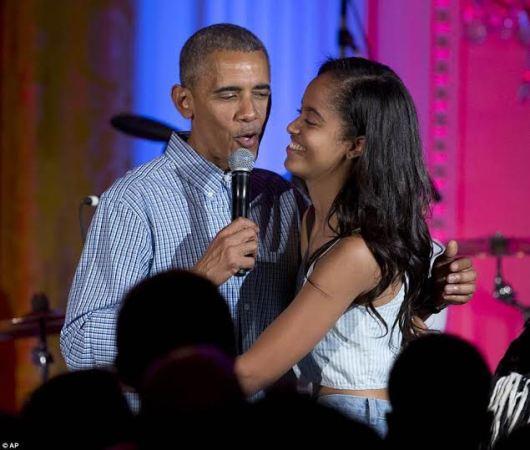 Barack Obama sings & wishes daughter Malia a happy birthday alongside Kendrick Lamar (see photos)