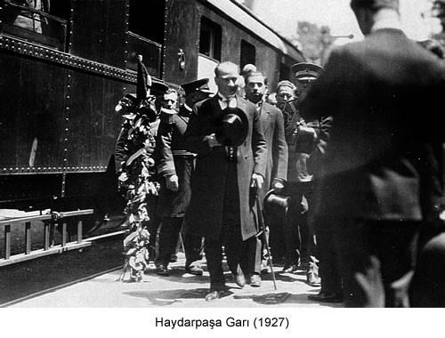 Atatürk Haydarpaşa Garı 1927 Fotoğraf