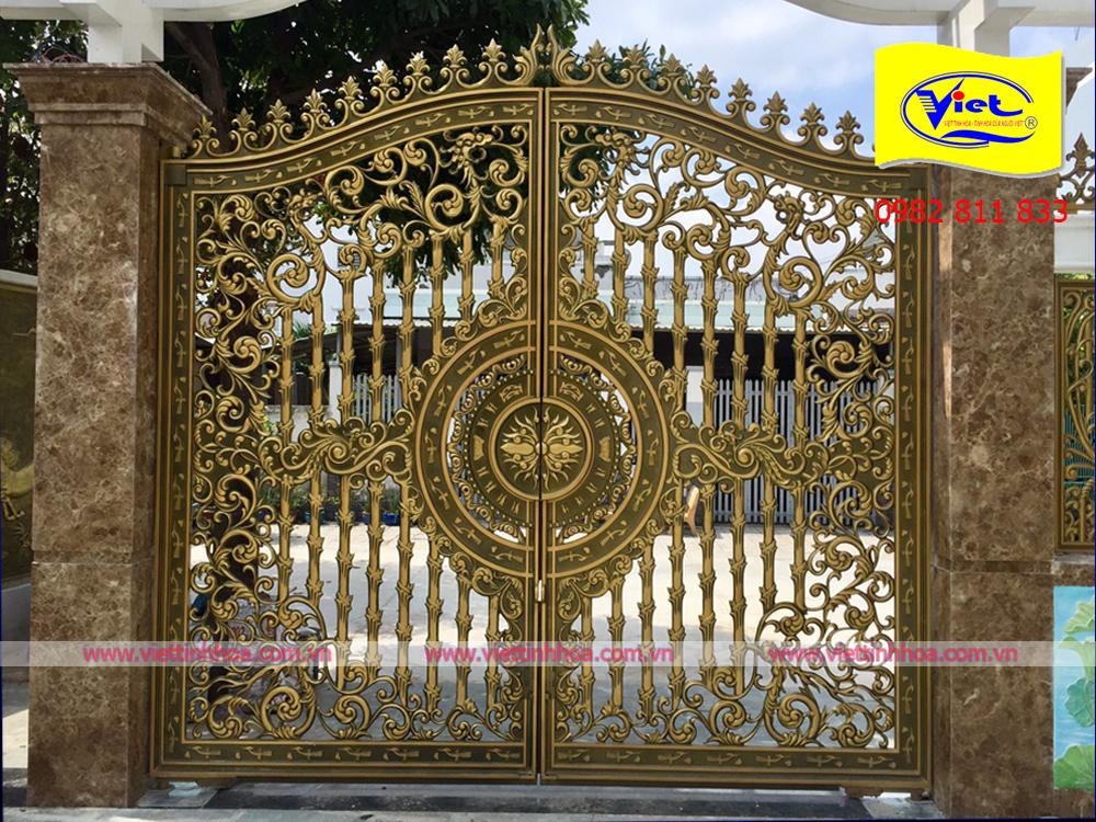 Cổng Nhôm Đúc Định Quán