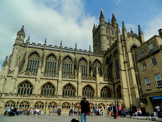 Fachada da Abadia de Bath