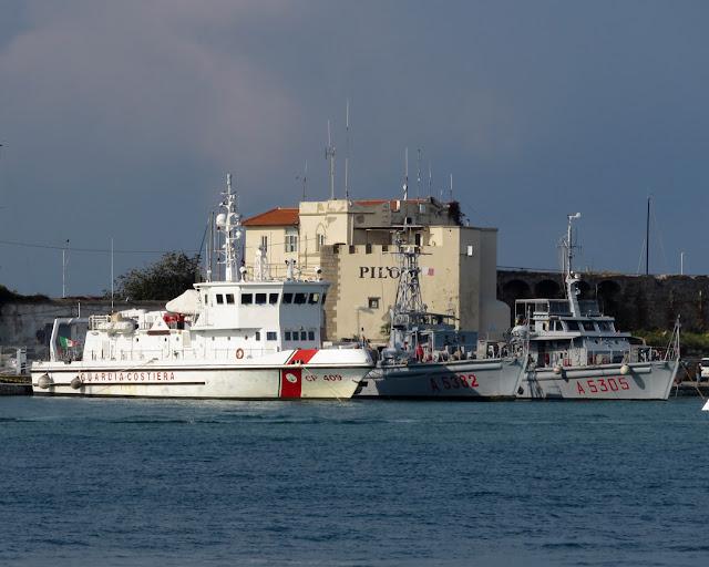 Giulio Ingianni (CP 409), Porpora (A 5382), Murena (A 5305), Porto Mediceo, Livorno