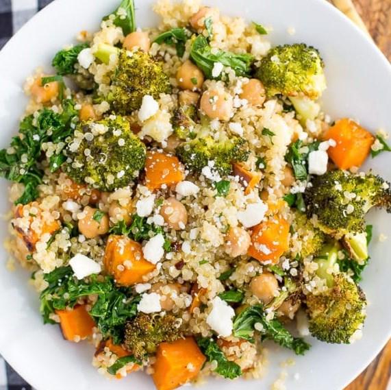 Roasted Broccoli Quinoa Salad #vegetarian #lunch
