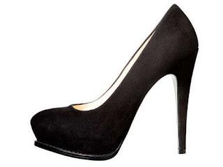 klasik-siyah-ayakkabi-moda