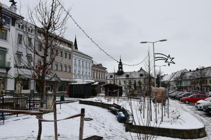 Hollabrunner Hauptplatz im Jänner, 12tel-Blick 2019