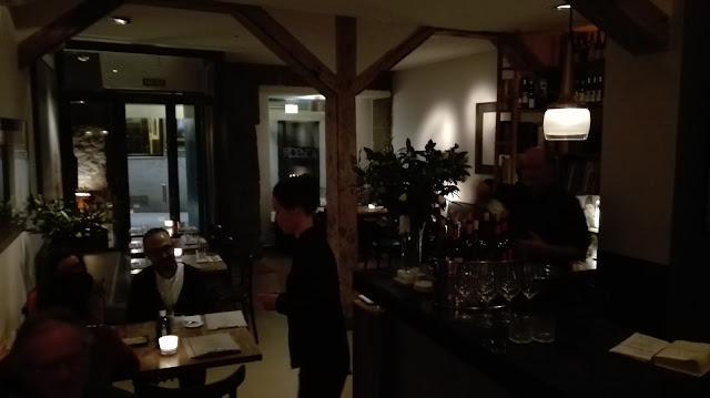 Comedor de Vinoteca Moratín