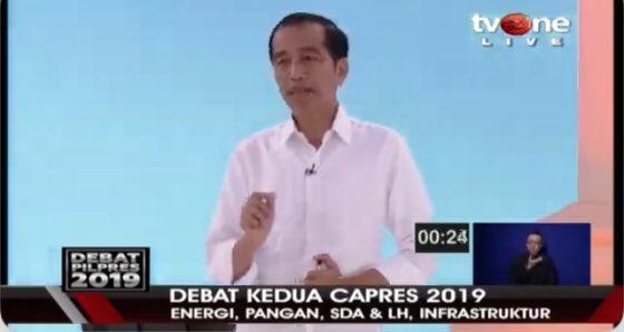 """Mirip """"Doa Mbah Moen"""", Jokowi Pun Ralat Ucapannya yang Fatal Saat Debat"""