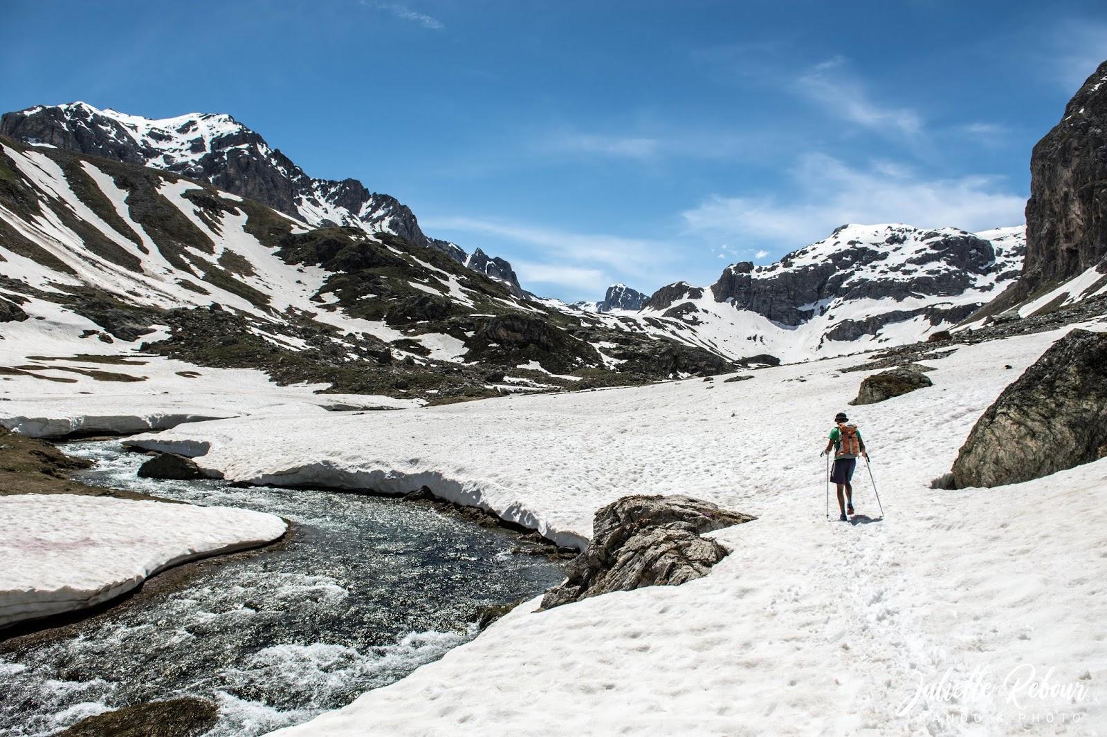 Randonnée au printemps en Savoie
