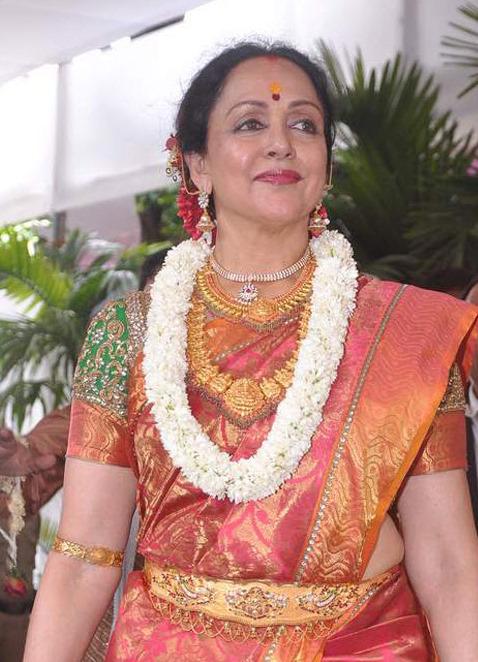 Hemamalini Temple Jewellery at Esha Wedding  Jewellery Designs