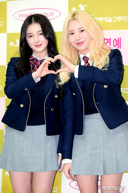 Hanlim Multi Art Nancy dan JooE MOMOLAND