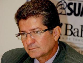 BONFIM: Comissão de greve poderá ingressar com pedido de cassação do mandato do prefeito Carlos Brasileiro.