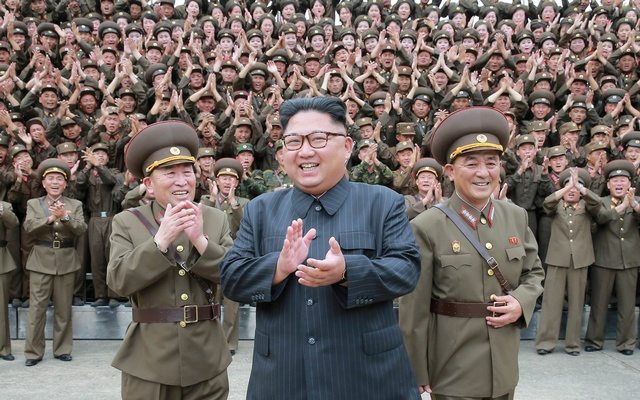 Pyongyang possui milhares de mísseis e peças de artilharia prontos a atacar Seul no caso de um ataque de Washington.