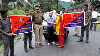 Safe drive save life by mungpoo police outpost in Raksha Bandhan