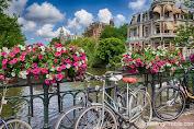 Sepedaan di Amsterdam