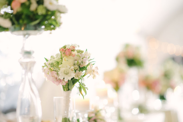 bridal+white+wedding+shabby+bride+chic+pink+gold+white+outdoor+summer+spring+wedding+floral+arrangements+tent+flowers+bouquet+lace+programs+menu+cake+table+bridesmaids+dresses+hair+peach+rose+reyna+wilton+photography+29 - Marshmallow Pink