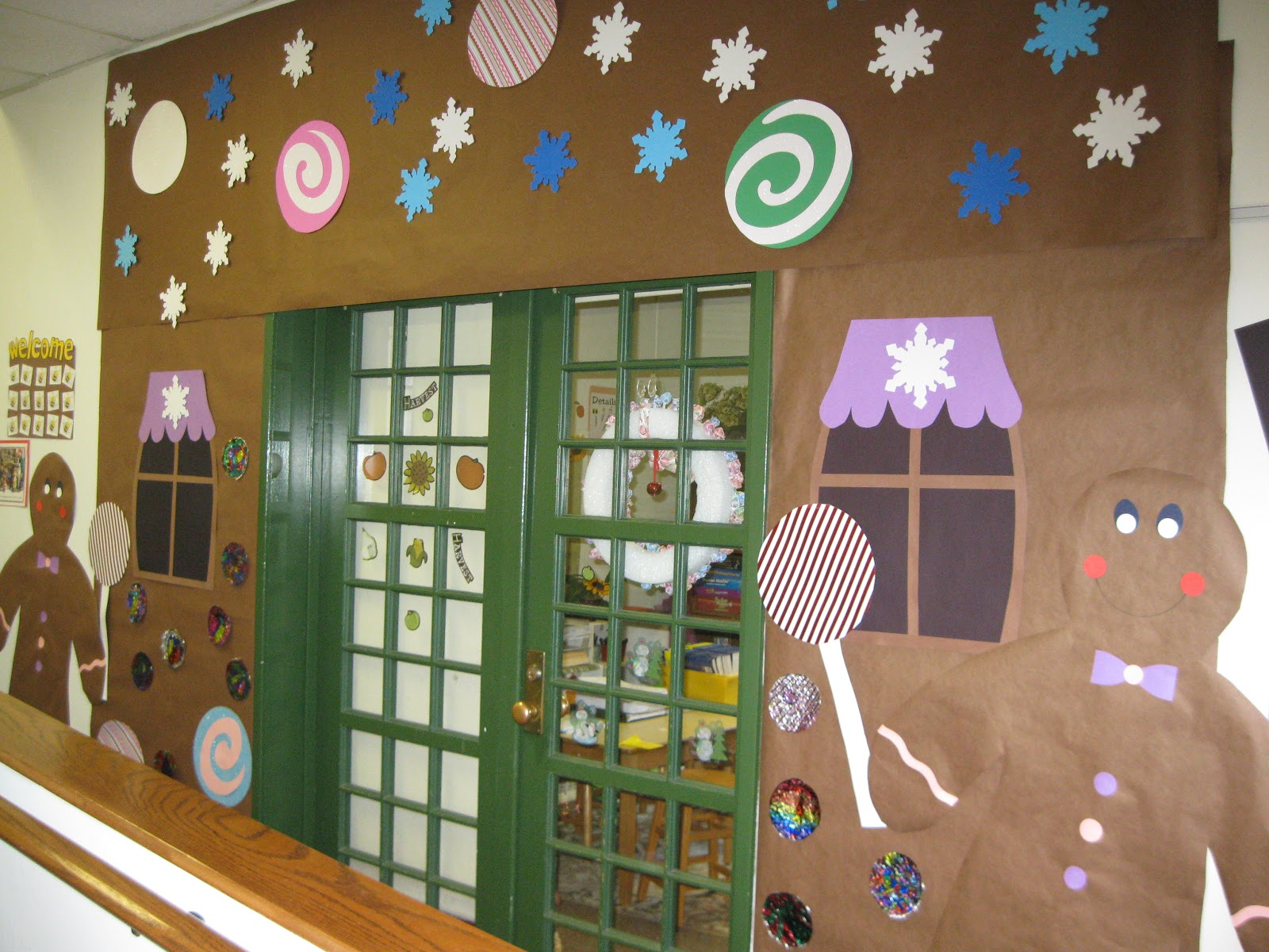 Holiday Door Decorations For Classrooms And Creative But Simple Winter Themed Bulletin Board Ideas