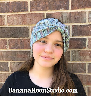 Knit headband pattern by April Garwood of Banana Moon Studio