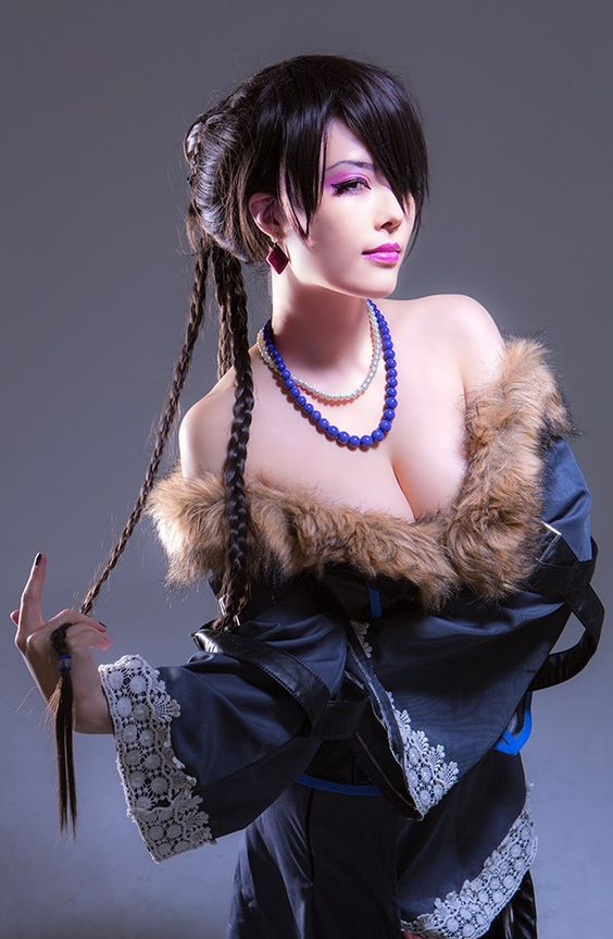 sexy asian cosplayers