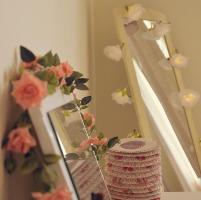 pink-floral-lanterns