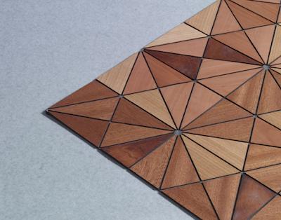 Tapete con madera y tela