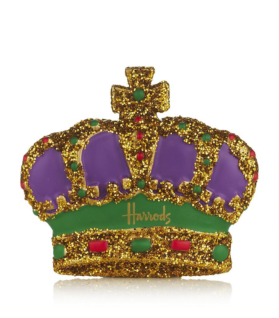 La Dentelle Blanche: The Queen's Diamond Jubilee